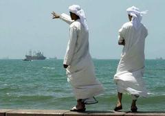 Саудовская Аравия, используя свои доходы от реализации «черного золота», диверсифицировала экономику, создала огромное количество новых рабочих мест.