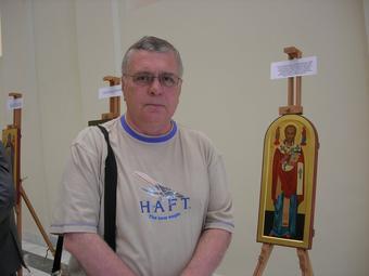 Олег Султанов на выставке «Мерная икона: история и современность».