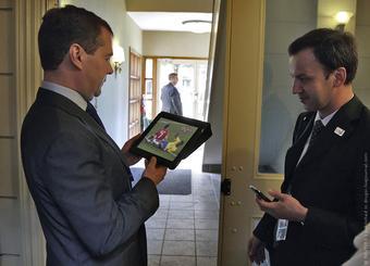 Хотел подвести итоги, да итоги подвели,или «Электронная демократия» Дмитрия Медведева