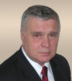 Олег Султанов